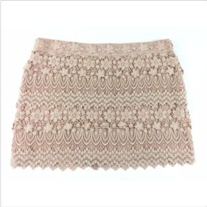 American Eagle Outfitters Sz 8 Peach Crochet Skirt